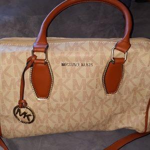Michael Kors Vanilla and Camel Handbag LN